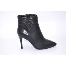 Feliz Jardin胎牛皮革6寸短靴F57107710