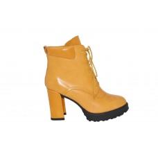 Feliz Jardin胎牛皮革尖头6寸短靴F57202501